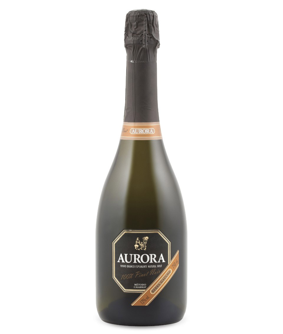 Photo: Aurora Sparkling White Brut Pinot Noir; Source: lcbo.com