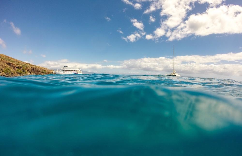 https://unsplash.com/collections/994/ocean-bliss?photo=YzJlElq6Pc0