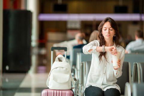Survive A Long Travel Day With These Healthy Eating Airport Tips