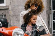 How To Mange Parenthood And Entrepreneurship - YFS Magazine