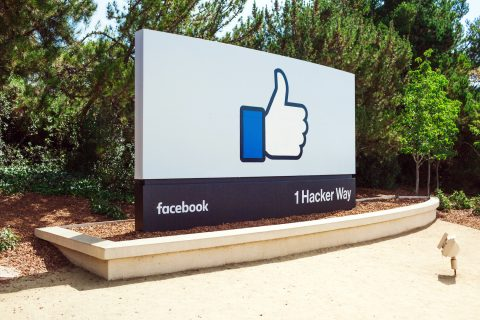 How To Outsmart Facebook Algorithm And Remain Visible - YFS Magazine