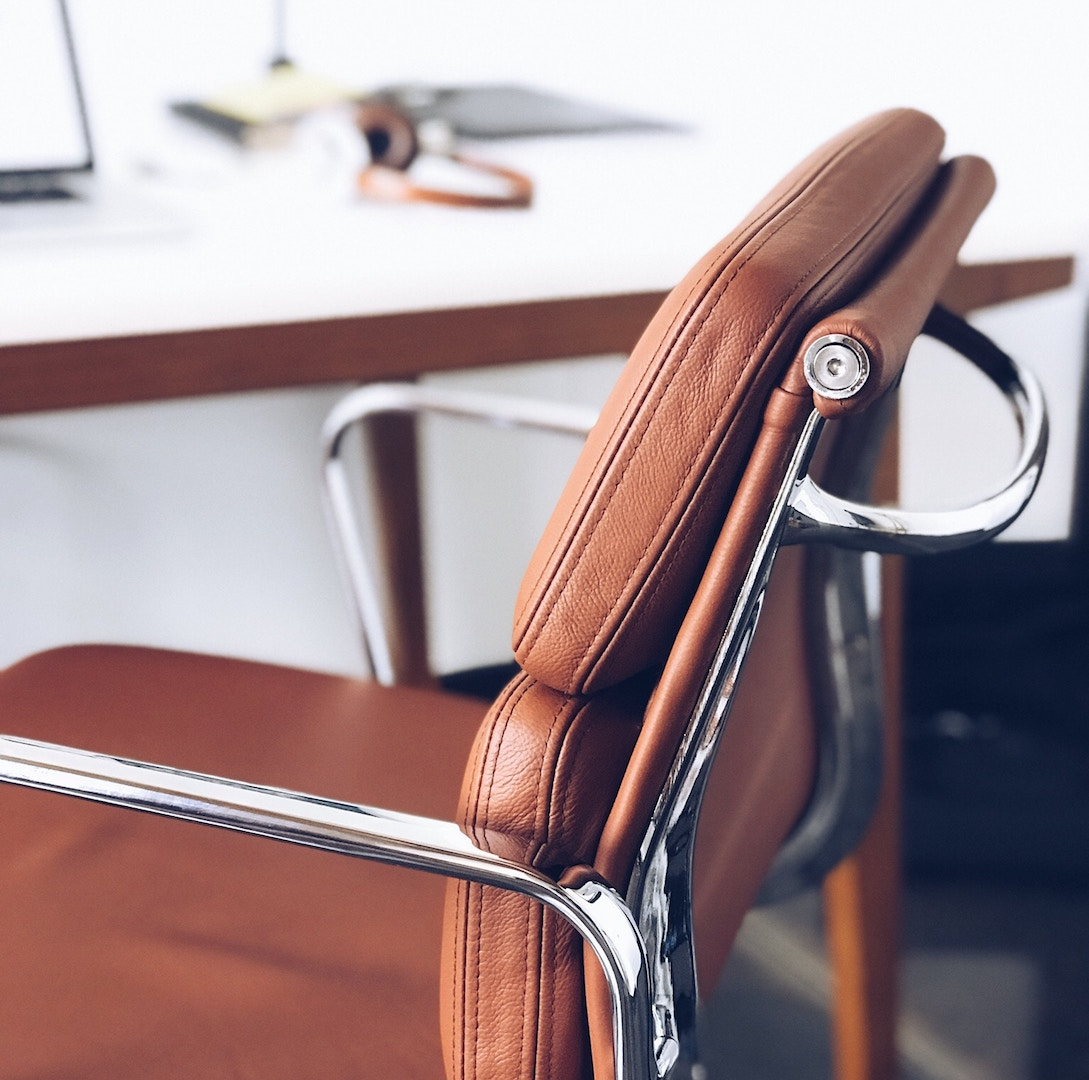 11 Stunning Desk Chair Ideas For Your Home Office Yfs Magazine