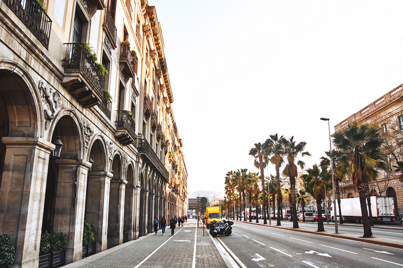 Photo: Barcelona, Spain | Dennis van den Worm, Unsplash