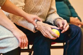 How-To-Care-For-Someone-With-Dementia-YFS-Magazine-273x182.jpg