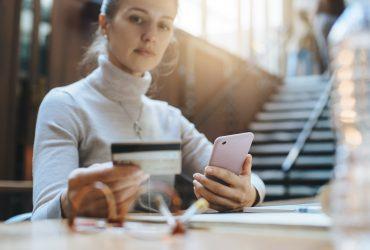 3-Benefits-of-Business-Credit-Cards-YFS-Magazine-370x250.jpeg