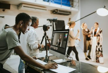 A-Guide-To-Video-Marketing-For-Businesses-YFS-Magazine-370x250.jpeg