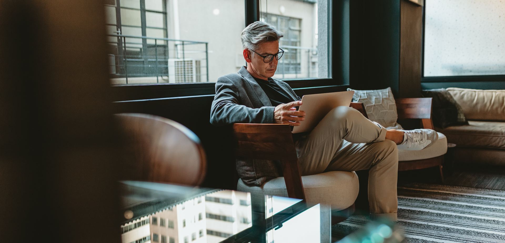 Photo: Jacob Lund, YFS Magazine, Adobe Stock