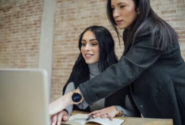 5-Reasons-Every-Startup-Needs-an-Employee-Handbook-YFS-Magazine-370x250.jpeg