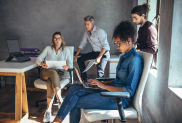 Eight-Workplace-Trends-Business-Leaders-Cant-Afford-to-Miss-YFS-Magazine-370x250.jpeg