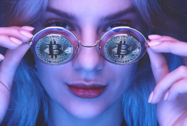 Bitcoin-Crash-2021-What-Retail-Investors-Should-Know-YFS-Magazine-370x250.jpeg