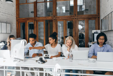 Productivity-Tracking-Can-Identify-And-Resolve-Employee-Burnout-YFS-Magazine-370x250.jpeg