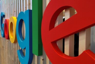 How-Googles-New-Algorithm-Will-Impact-Your-Small-Business-YFS-Magazine-370x250.jpg